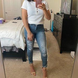 Cute skinny jeans. No Boundaries, sz 9